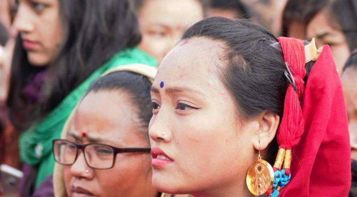 देवीटारमा ल्होछारको रौनक (फोटो फिचार सहित)